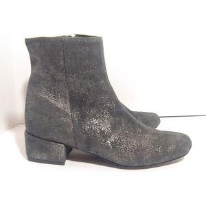 NWOB Modern Vice suede block heel ankle boots